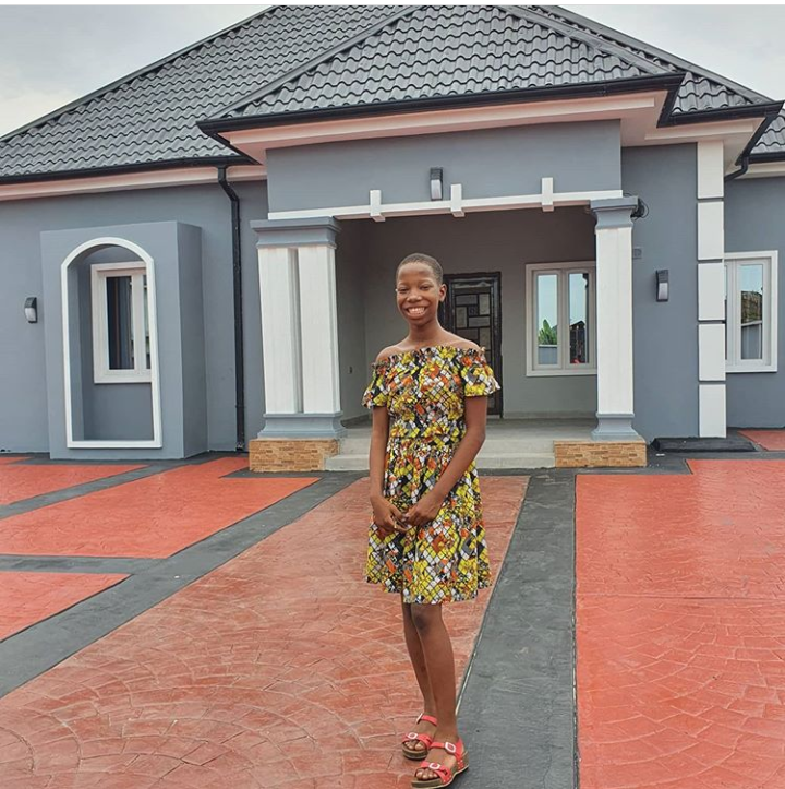 Popular Nigerian comedian Emannuella builds a house for her mother.
