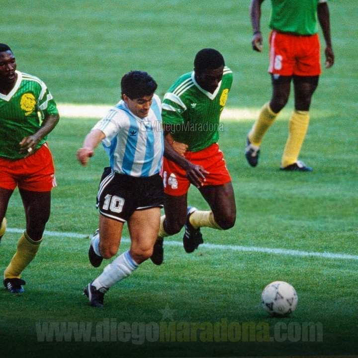 Football loses her most legendary players in 2020. Stephen Tataw at 57 and Diego maradona at 60.