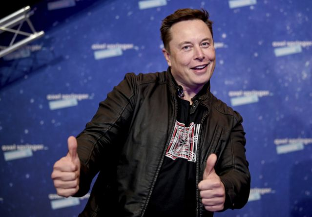 Elon Musk says Apple refused a meeting to acquire Tesla in 2017