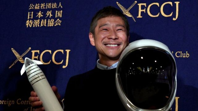 Japanese billionaire seeks 8 people for free trip to the moon