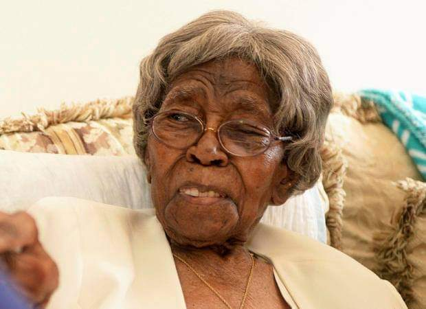 Hester Ford the oldest living American dies at 116.