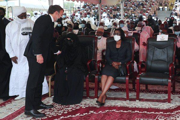 President Macron among dignitaries in Chad for Idriss Deby's funeral