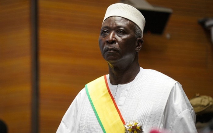 Mali's interim leaders arrested in 2nd military coup resign