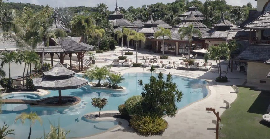 Melinda Gates Rents ₦50Million Per Night Private Island to spend quality time with her family