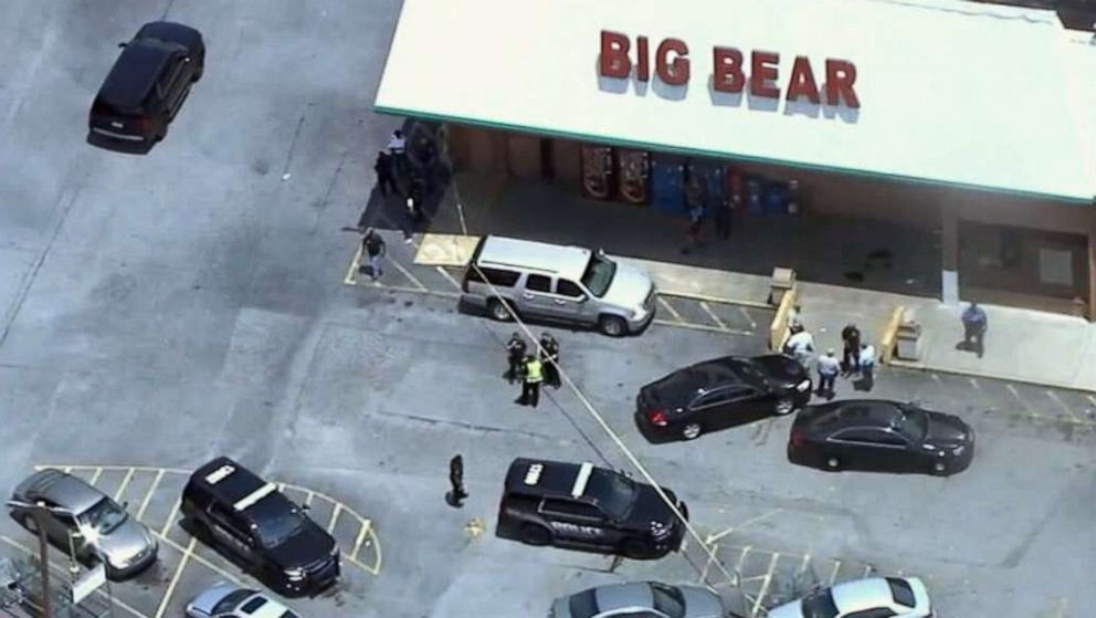 Cashier dead, deputy injured after dispute with man over a mask