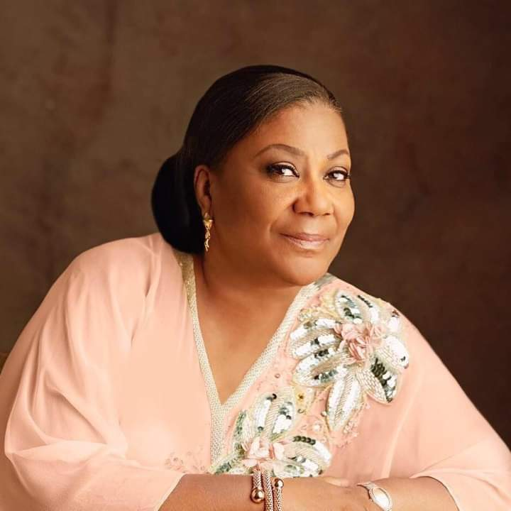 Ghana's first ladyrefund all allowances she has received