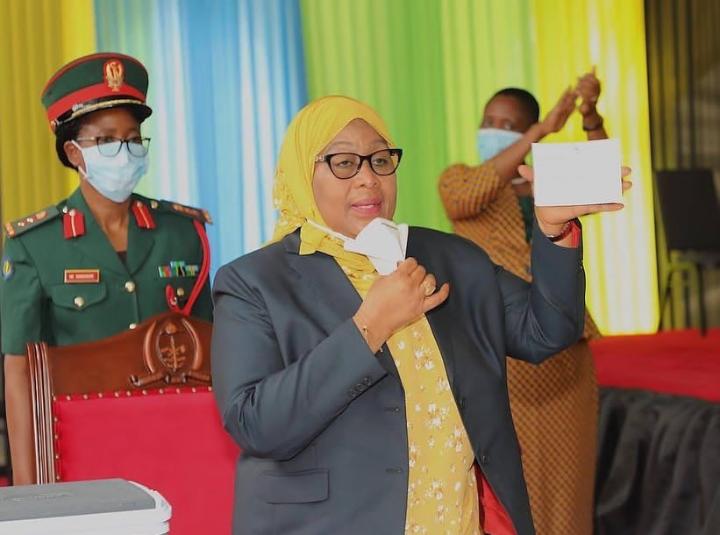 Tanzania's president Dr Samia Suluhu Hassan gets COVID jab, kicks off vaccination drive