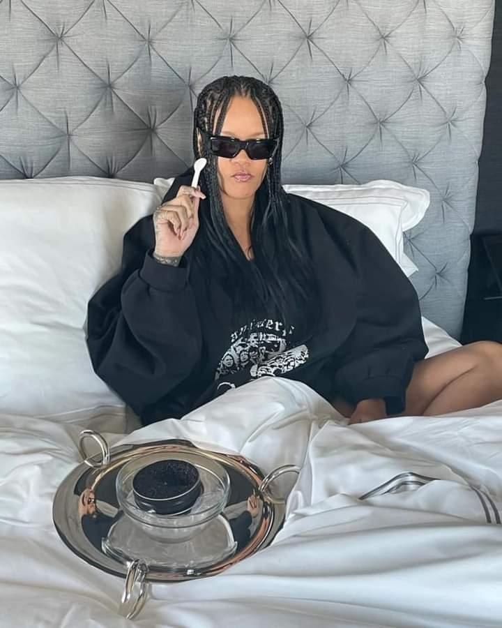 Singer Rihanna's Fenty Fragrance Sold Out